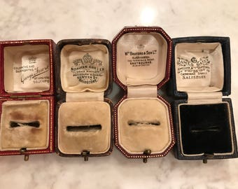 Selling as a lot 4 ring boxes antique vintage