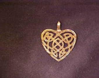 Celtic Heart Pendant - N-05