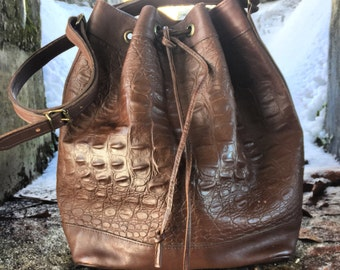 Vintage Esprit crocodile embossed bucket bag