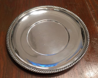 Reed & Barton Bread and Butter Plate in Buckingham (Silverplate, Holloware)