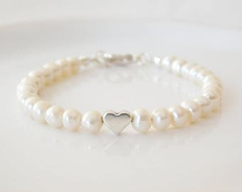 bracelet fresh water pearls and silver heart