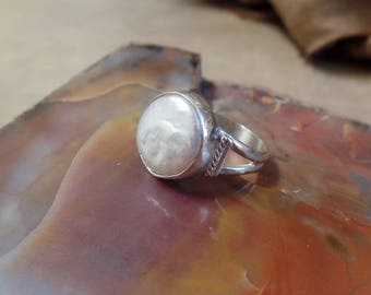 Pearl Ring, Freshwater Pearl Ring, Sterling Silver Pearl Ring, Freshwater Pearl Jewelry, Genuine Pearl Ring, June Birthstone,Solitaire, 1279