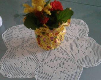 Centrotavola, centrino pasquale all'uncinetto bianco nuovo fatto a mano, regalo per pasqua
