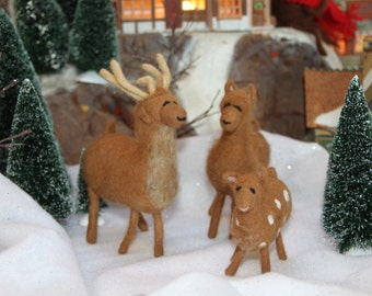Handcrafted Needle Felted Wool Christmas Animals - Reindeer Family