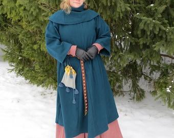 Medieval Winter Upper dress (Europe, 13-14c)/Зимнее верхнее платье (13-14вв, Европа)