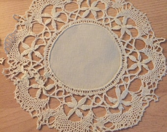 Set of 8 Vintage Doilies