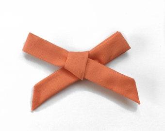 The Starlet Bow, Mango