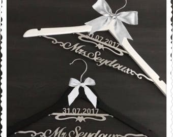 Custom Wedding Hanger with Bowknot, Two Line Name Hanger, Personalized Bridal Hanger, Bridesmaids Gift