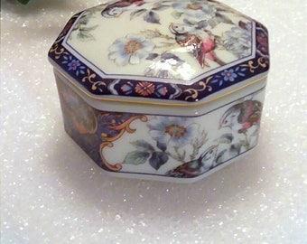 Vintage Blue White Porcelain Trinket Box, Floral Jewelry Box, Keepsake Box, Memory Box, Boutique Gift