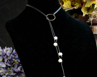 Pearl Cluster hanging leather necklace