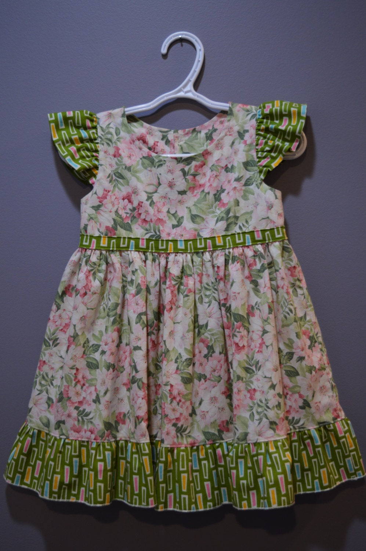c6c3d07ecc9c Froral Print Little Girls Birthday Party Dress, Size2,Tea Party, Flutter  Sleeve,