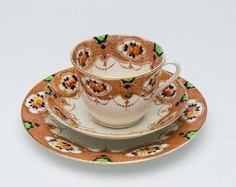 Vintage tea cups, 1950's china tea cups, retro teacup, floral teacups, vintage chinaware, Mid Century china, 50's cups, vintage china cups