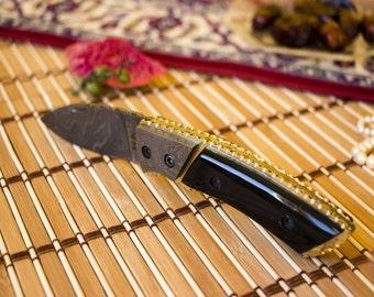 Damascus Steel Folding Knife with Buffalo Horn Handle - FK 10