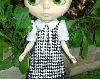 Trapeze dress in houndstooth for Neo Blythe