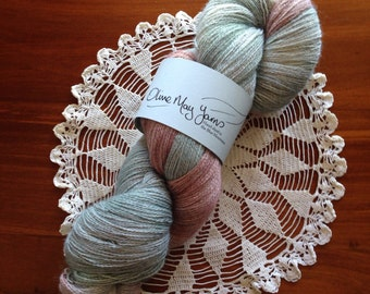 Flowers In The Mist -Lace Weight 70/30 Baby Alpaca/Silk 804m very soft