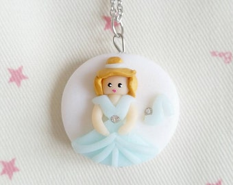 Necklace Cinderella and her glass slipper