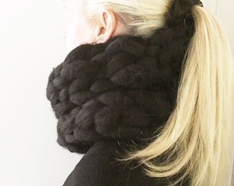 Super soft chunky snood scarf. Snood. Cowl. Chunky scarf. Chunky Infinite scarf