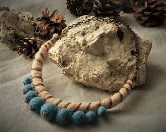 Wool necklace, felted necklace, original necklace with copper elements, FREE SHIPPING!