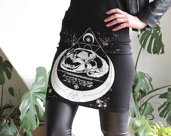hand-printed Stretchmini cat skull Moon occult