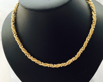 1960's Signed Avon Necklace