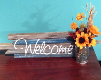 "Rustic ""Welcome"" Sign with Mason Jar"