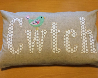 Cwtch Cushion (bird)