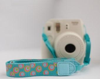 Fujifilm Instax camera strap for Instax Mini 8 / 9 / 90 / 7s / 25. Neckstrap for Instax cameras. Blue dots design.