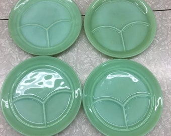 Set of Four Jadite Restraunt ware Grill Plates