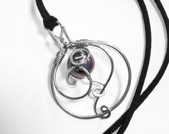 Hand crafted wire pendant with pearl