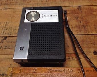Panasonic rf-619 am/fm portable radio