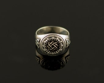 Silver ring. Handcrafted Jewelry, Weight 7,26g.