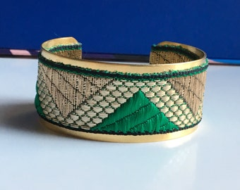 "Golden Cuff Bracelet ""pyramid"" - ""green and gold"""