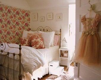 Rose Delight Wallpaper
