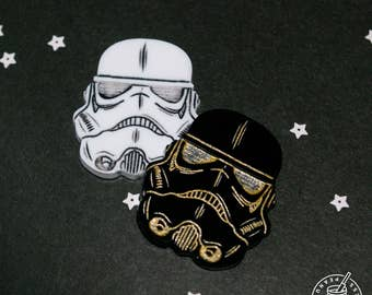 Star Wars - Storm Trooper pin badge, black, gold, white