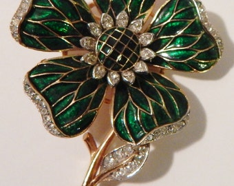 CROWN TRIFARI Green Enamel Pave Rhinestone Flower Clover Pin Brooch