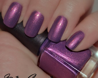 Lundi Gras - Purple Duochrome Sparkle Nail Polish