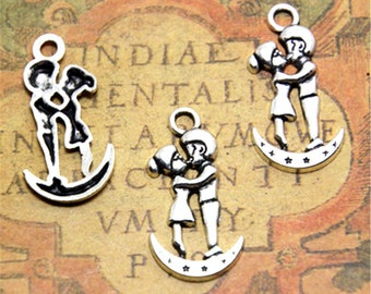 25pcs Lovers Girl and Boy on the moon Charms Silver Tone Lovers charm pendants 29x14mm ASD2121