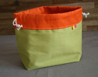 Drawstring spring project bag, for knitting or crochet