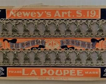 Vintage Newey's Art. S. 19 All British Hooks and Eyes - La Poupee