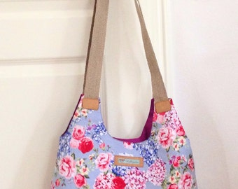 Shoulder bag flower pattern