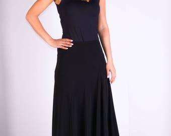 Womans skirt,Knee length skirt,Irregular hem skirt,Elastic skirt,Knitwear skirt,Size 12 UK