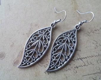 Leaves earrings ~ silver ~