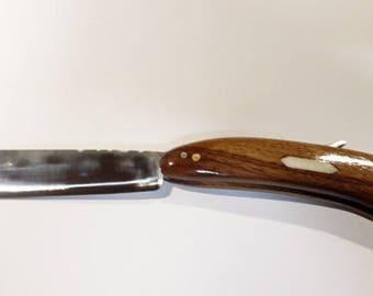 Large shaver/razor (The Big Sweeny)