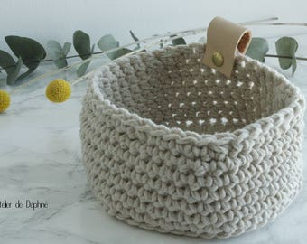 Crochet basket and leather, beige, brass rivet