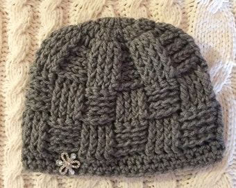 Grey basket weave with 1 flower button