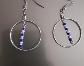 Blue and white inner hoop