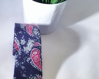 Navy and red  Paisley tie
