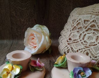 VINTAGE ENGLISH CROWN China Crafts Candleholders Hand-made in England, very pretty delicate pottery flowers candle-holders, feminine decor