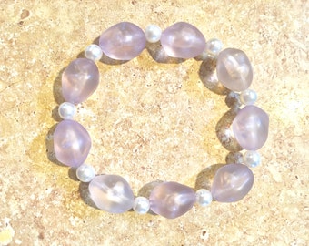 Lavender and Pearl : Handmade Bracelets For Distinguishable Women