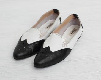 Vintage Black And White Leather Shoes/Loafers/ Size 39